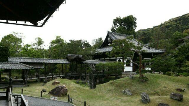 高台寺の開山堂周りの庭園の画像
