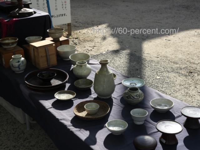四天王寺骨董市の李朝の食器の画像