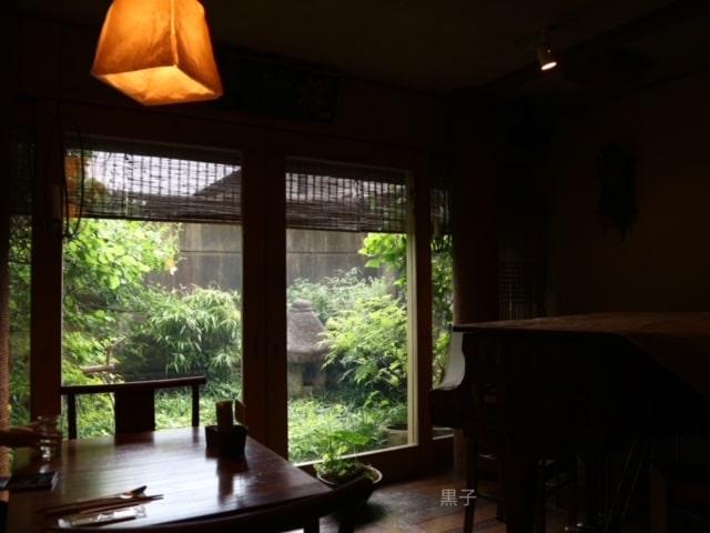 出町柳「李青」坪庭の画像