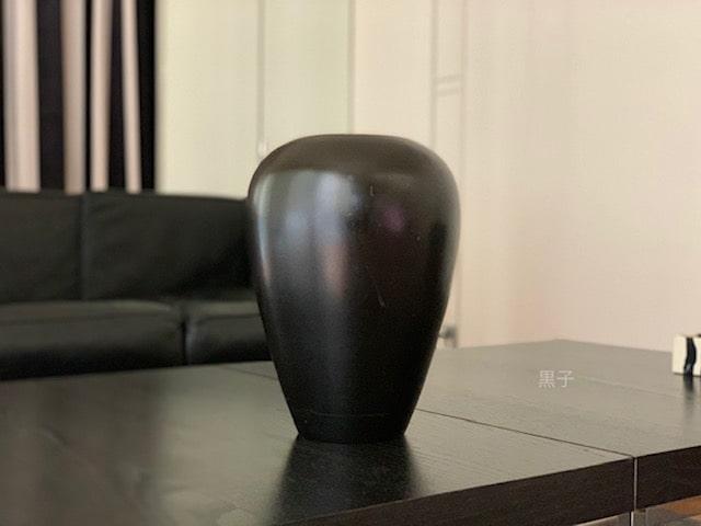 バンコクで買ってきた壺の画像